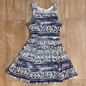 Blue & White Aztec Pattern Casual Swing Dress NWOT
